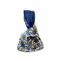 Victorian blue Japanese knot bag