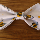 White Bee Design Dog Bow Tie