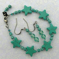 Turquoise Bracelet with Glass Beads Stars