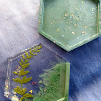 Resin coaster set