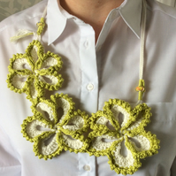 Crocheted white and green floral neckless