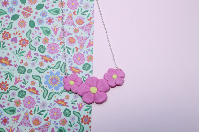 Statement Necklace of Beautiful Flower