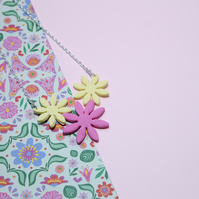 Statement Necklace of 3 Beautiful Daisy Flower