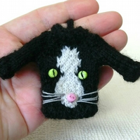 Cat Miniature Jumper Keyring