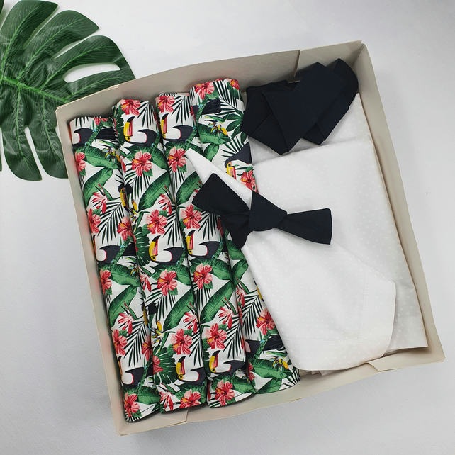 Tropical set of 6 placemats-6 napkins-6 napkin rings (18 pieces).