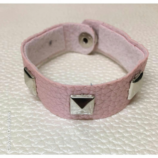 Pink faux leather bracelet, pyramid studs, 6.5 inches, casual wear