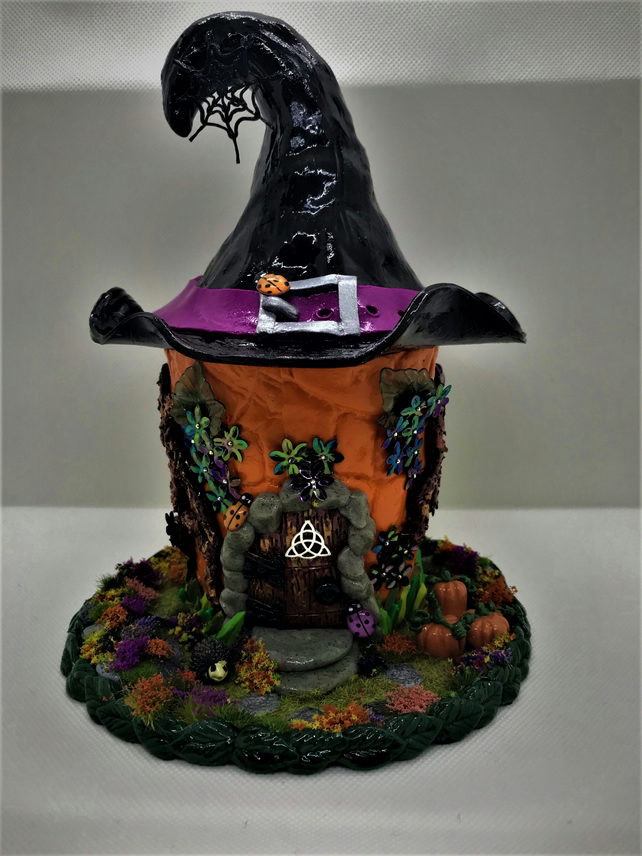 Fairy Witchy Tealight House