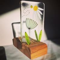 Floral fused glass tea light holder - Daisy and seed head