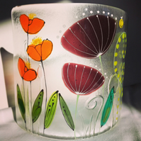 Free standing floral glass curve - Seed heads, poppies and ferns