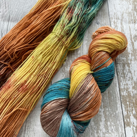 Hand dyed knitting yarn 4 ply sock yarn Where the desert meets the sky 100g