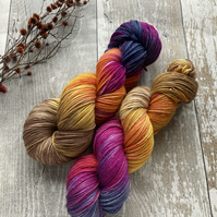 Hand dyed knitting yarn 4 ply Merino Sparkle Forever Autumn100g