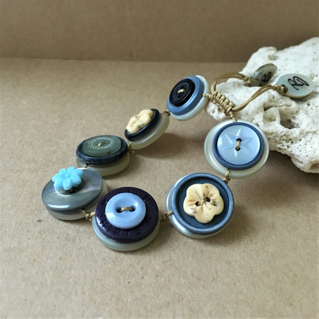 Blue Story - Vintage Button Adjustable Bracelet