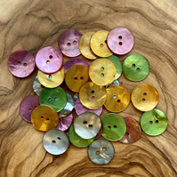 30 x Mixed Round Shell Buttons - 15mm