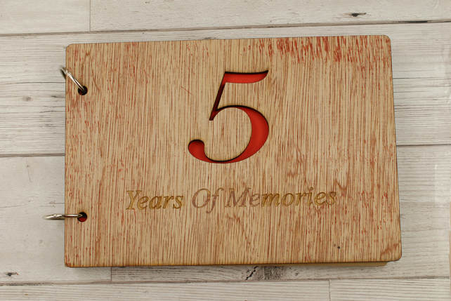 5 Year of Memories - Scrapbooks for Anniversaries, Birthdays, Christmas & More