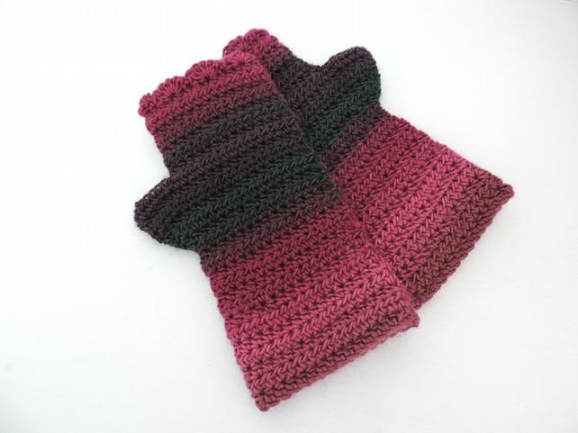 Crochet Fingerless Mitts  100% Acrylic