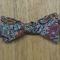 Bow Tie for the Stylish Gentleman