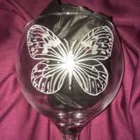 Lined Butterfly Design Hand Engraved Large Gin Glass, Personalised for FREE,
