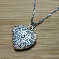 Heart locket sterling silver filigree cz pendant necklace antique jewellery vale