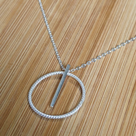 Twisted circle bar pendant round necklace pendant silver