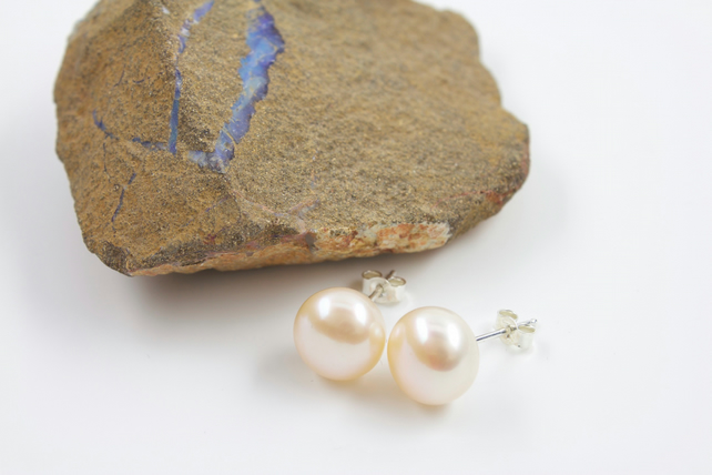Large Button Shaped Peach Pearl and Silver Stud Earrings