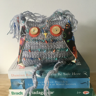 Hand knitted owl bookshelf decor - Grey and red owl ornament - Thank you gift -