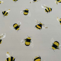 Busy Bees Roller Hand Towel