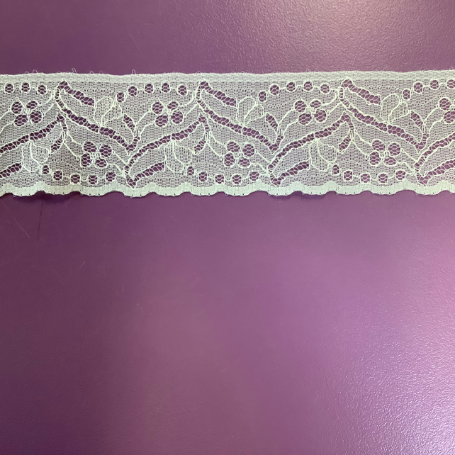 Ivory Lace 40 mm wide x 5 metre Free Delivery