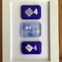 Four fishes fused glass picture, 6x4 frame. Birthday, anniversary, celebration.