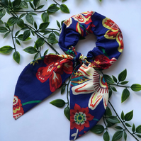 Handmade bow scrunchie, hair scrunchie in liberty print with free delivery