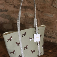 Gorgeous spaniels with grey straps with white stars straps open tote bag
