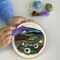 Felted picture kit Hillside Cottages