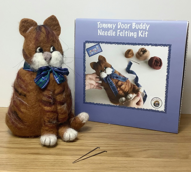 Tommy Cat Door Stop Felting Kit