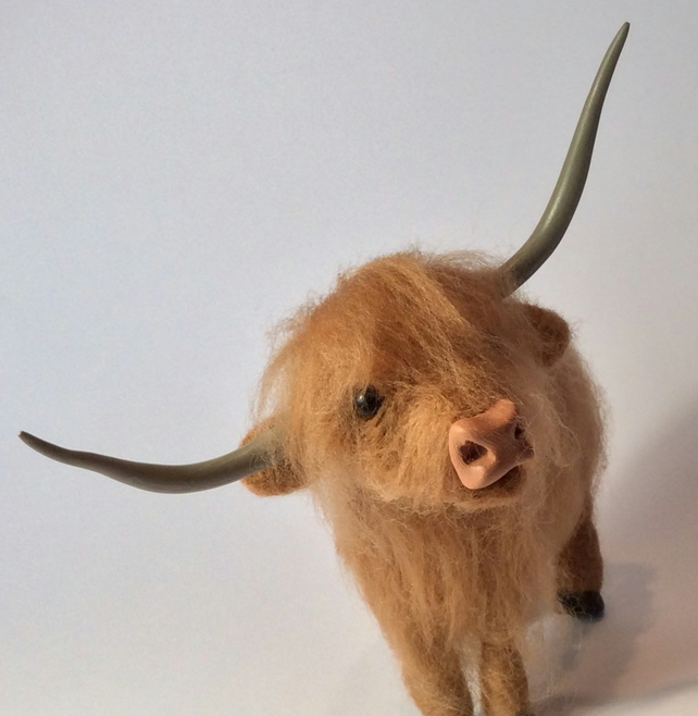 Polimer Horns and nose set for highland cow model.