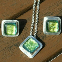 Fine Silver and Recycled Silver with Yellowy Green Dichroic Glass Jewellery Set