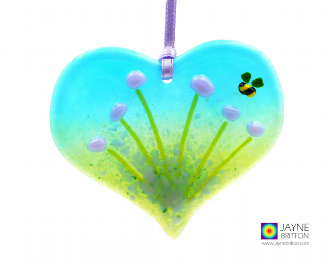 Violet purple flowers light catcher with bee, heart shaped, hanging (999)