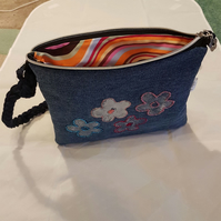 Beaded daisy handbag Convertible shoulder bag to rucksack Recycled embroidered