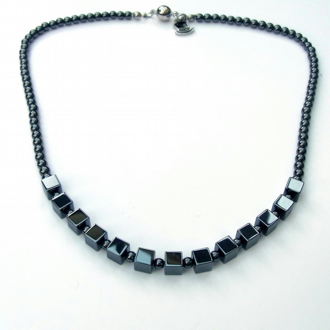 Black haematite necklace with magnetic clasp