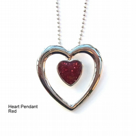 Enamelled heart pendant and chain