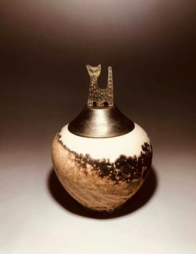 Feeling -funeral urn for ashes,handmade ceramic cremation art!Pets or keepsake!