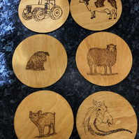 Farmyard themed 6 x drinks coaster set. Varnished wood. 10cm diameter.