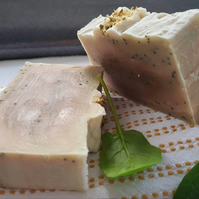 Handmade Organic Soap with Cucumber, Spinach and Poppy Seeds Lemongrass Oil