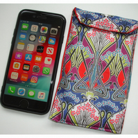 iPhone 7 or 8 Case Liberty Ianthe Red Art Nouveau