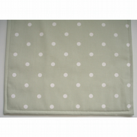 Green and White Polka Dot Place Mat Placemat