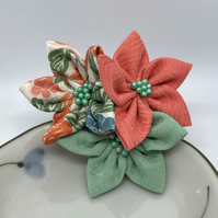 Kanzashi Cluster Brooch- Green & Orange