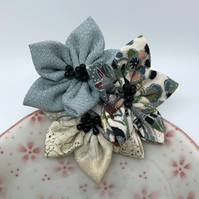 Kanzashi Cluster Brooch- Blue mix