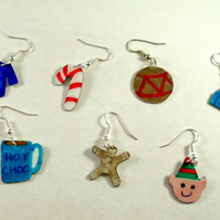 Aluminium Novelty Week of Christmas Earrings Cosy Set
