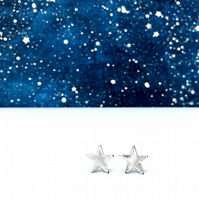 TWINKLE TWINKLE - ear studs - LARGE - Silver star studs - gifts for girls!