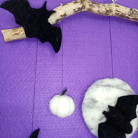 Needlefelt Halloween Wall Hanging (free p&p in UK)