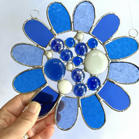 Stained Glass Bead Daisy Suncatcher - Handmade Window Hanging Decoration - Blue