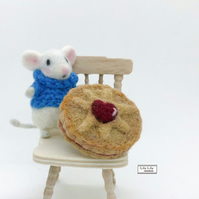 Jammie Dodger biscuit, created in wool, needle felted by Lily Lily Handmade